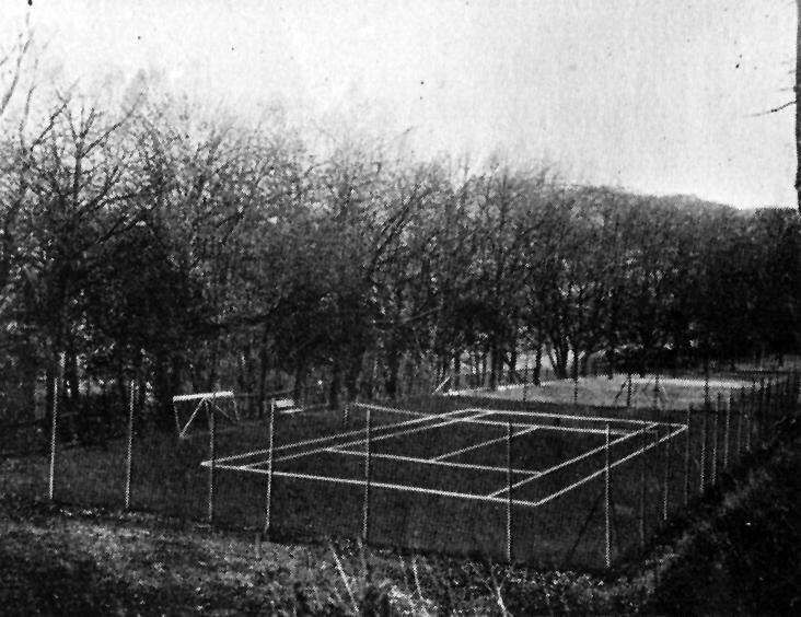 1935_Tennisplatz