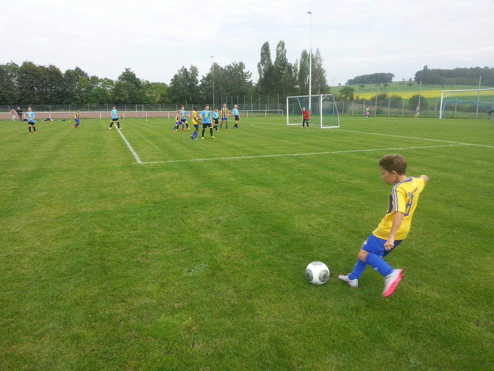 D1: Verdienter Auswärtssieg in Wolsfeld – weiter Tabellenführer !