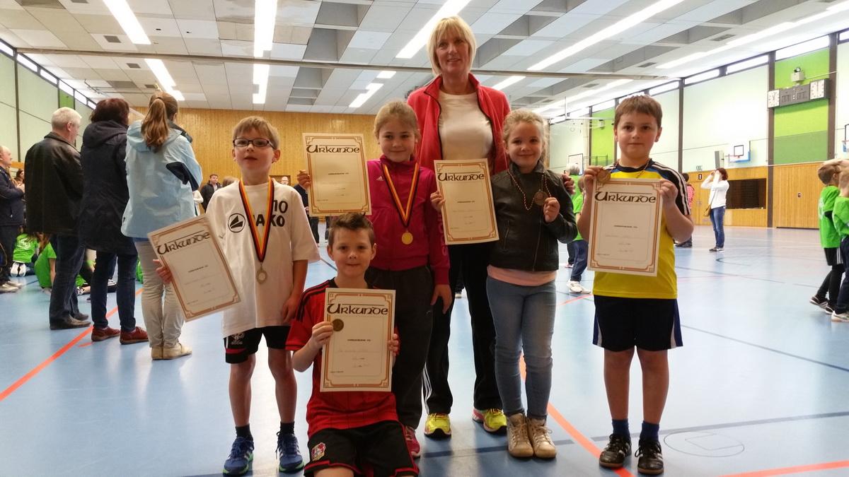 Hallenserie 2016: Kyllburger Leichtathleten erfolgreich